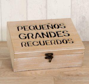 Caja de madera recuerdos