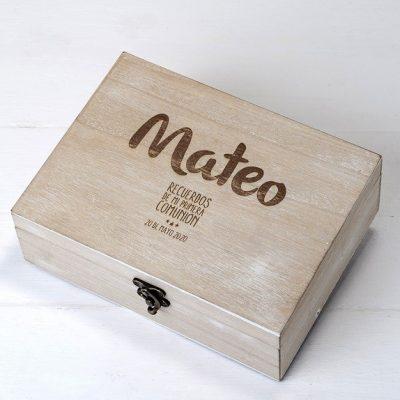 """Caja de madera personalizada """"Mi Primera Comunión"""""""