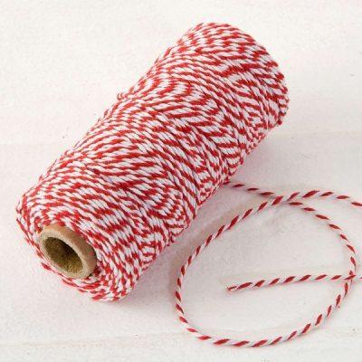 Cordón hilo rojo